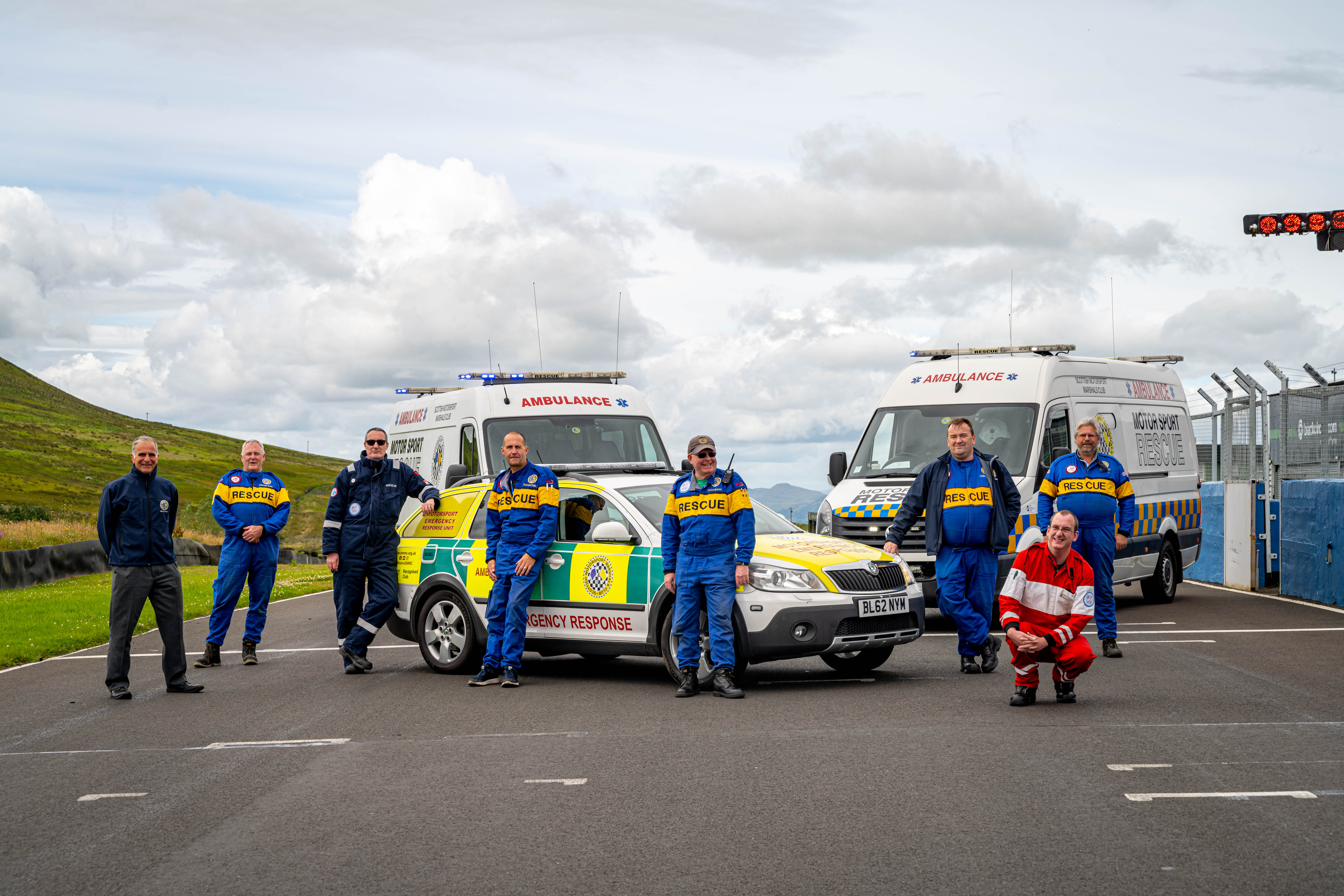 Saltire 99 at Knockhill with SMMC Board and Rescue Team